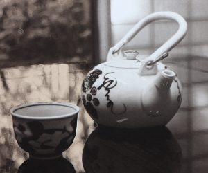 Tea with vi - Photogravure by Bonnie Lybrook